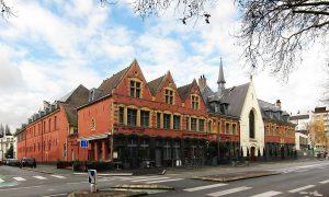 1200px-Lille_hospice_gantois