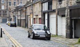 Immobilier, Urbanisme et Voirie : Non, vous n'avez pas le droit de vous garer devant chez vous ! (par Ghislain HANICOTTE, ADEKWA Avocats Lille)